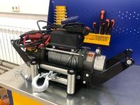 Лебёдка переносная Electric Winch 12000 c площадкой под квадратный фаркоп