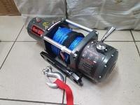 Лебедка автомобильная Electric Winch 12v, 6000LBS синтетический трос