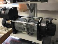 Автомобильная лебедка SNC12.0X (12000МТ) c чугунным клюзом